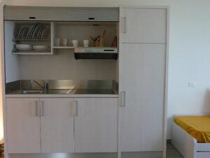 cucina-soggiorno-appartamenti-residence-america-12